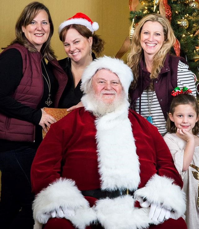 KRUDWIG, MELISSA: Santa Photo Silverton.jpg