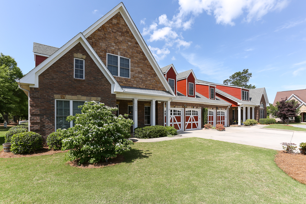 DAUGHERTY, MICHAEL: 2320_Sandy_Oaks_Dr_M.Daugherty_Lo-3.jpg
